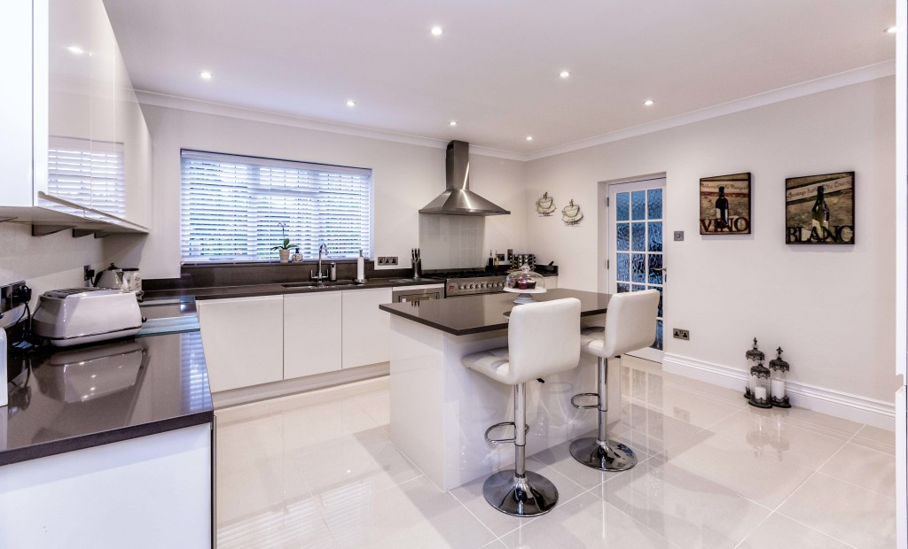 professional property photographer southend